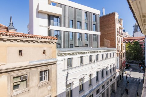 Penthouse for sale in Madrid, Spain, 2 bedrooms, 71.00m2, No. 2048 – photo 17