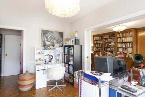 Apartment for sale in Madrid, Spain, 3 bedrooms, 245.00m2, No. 2666 – photo 6
