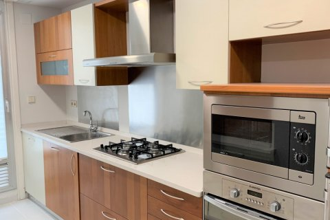 Apartment for rent in Madrid, Spain, 4 bedrooms, 180.00m2, No. 1843 – photo 14