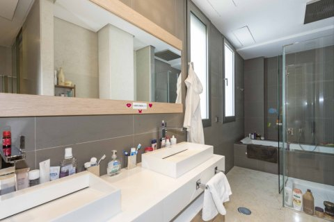 Penthouse for sale in Madrid, Spain, 4 bedrooms, 437.00m2, No. 1528 – photo 22