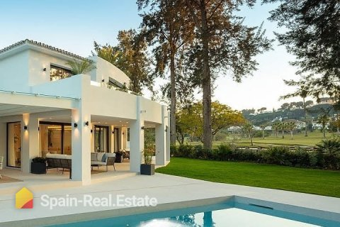 The real estate sector registers 196 transactions through May and leads the transaction market in Spain