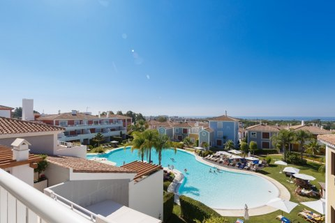 Penthouse for sale in Estepona, Malaga, Spain, 2 bedrooms, 143.00m2, No. 1683 – photo 1