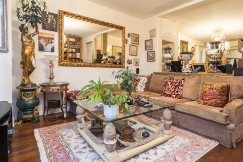 Apartment for sale in Madrid, Spain, 3 bedrooms, 166.00m2, No. 2286 – photo 5