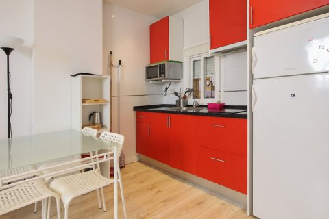 Apartment for sale in Madrid, Spain, 1 bedroom, 40.00m2, No. 2734 – photo 4