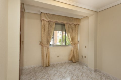 Apartment for sale in Madrid, Spain, 5 bedrooms, 114.00m2, No. 2670 – photo 15
