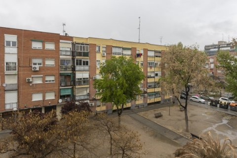 Apartment for sale in Madrid, Spain, 5 bedrooms, 114.00m2, No. 2670 – photo 30