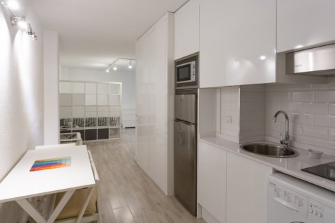 Apartment for sale in Madrid, Spain, 1 bedroom, 47.00m2, No. 2337 – photo 8