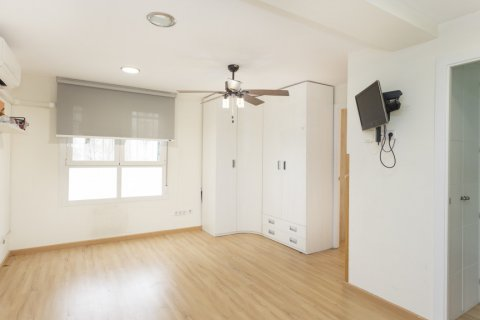 Apartment for sale in Madrid, Spain, 2 bedrooms, 64.00m2, No. 2641 – photo 2