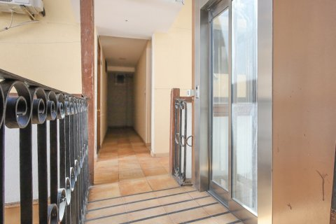 Apartment for sale in Madrid, Spain, 1 bedroom, 40.00m2, No. 2734 – photo 24