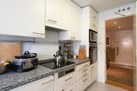 Apartment for sale in Madrid, Spain, 4 bedrooms, 171.00m2, No. 2442 – photo 16