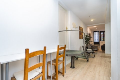 Apartment for sale in Madrid, Spain, 4 bedrooms, 160.00m2, No. 1471 – photo 28