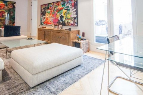 Apartment for sale in Madrid, Spain, 4 bedrooms, 345.00m2, No. 1663 – photo 20