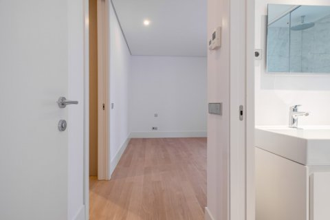 Apartment for sale in Madrid, Spain, 2 bedrooms, 157.00m2, No. 2070 – photo 19