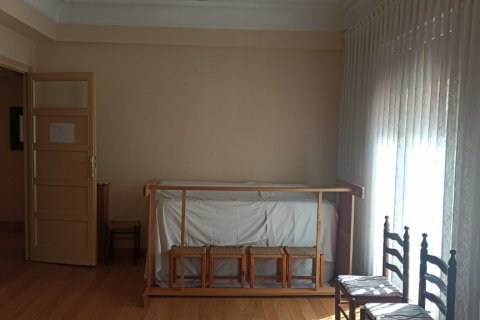 Apartment for rent in Madrid, Spain, 12 bedrooms, 400.00m2, No. 2350 – photo 11
