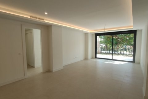 Apartment for rent in Marbella, Malaga, Spain, 2 bedrooms, 140.00m2, No. 2711 – photo 10