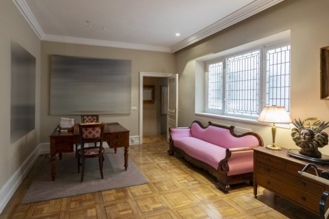 Apartment for sale in Madrid, Spain, 6 bedrooms, 512.00m2, No. 1995 – photo 7