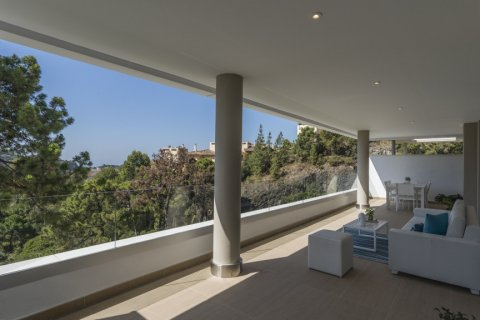 Apartment for sale in El Madronal, Malaga, Spain, 3 bedrooms, 137.06m2, No. 1513 – photo 4
