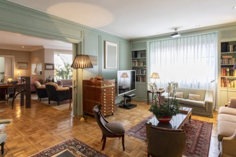 Apartment for sale in Madrid, Spain, 6 bedrooms, 512.00m2, No. 1995 – photo 4