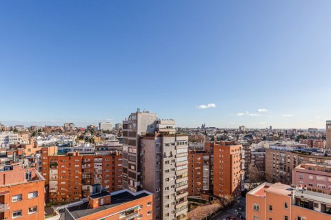 Apartment for sale in Madrid, Spain, 4 bedrooms, 298.00m2, No. 1992 – photo 26