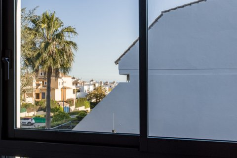 Apartment for rent in Marbella, Malaga, Spain, 2 bedrooms, 113.00m2, No. 2620 – photo 11