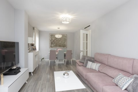 Apartment for sale in Parla, Madrid, Spain, 3 bedrooms, 133.00m2, No. 2615 – photo 9