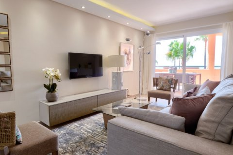 Penthouse for sale in Estepona, Malaga, Spain, 3 bedrooms, 125.00m2, No. 2225 – photo 18