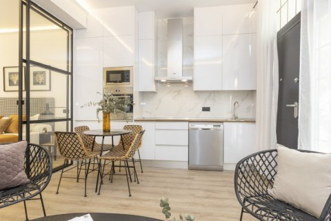 Apartment for sale in Madrid, Spain, 1 bedroom, 50.00m2, No. 2723 – photo 12
