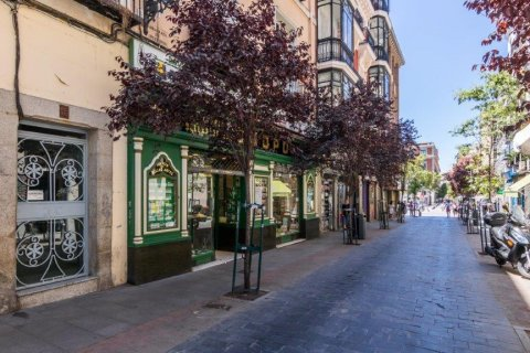 Apartment for sale in Madrid, Spain, 1 bedroom, 44.00m2, No. 2171 – photo 2