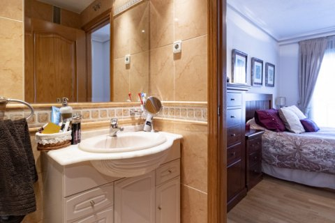 Apartment for sale in Madrid, Spain, 2 bedrooms, 91.00m2, No. 2073 – photo 13
