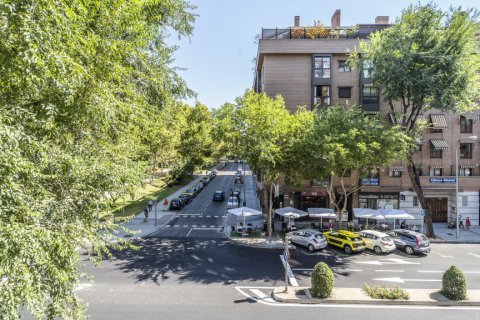 Apartment for sale in Madrid, Spain, 3 bedrooms, 85.00m2, No. 2209 – photo 30