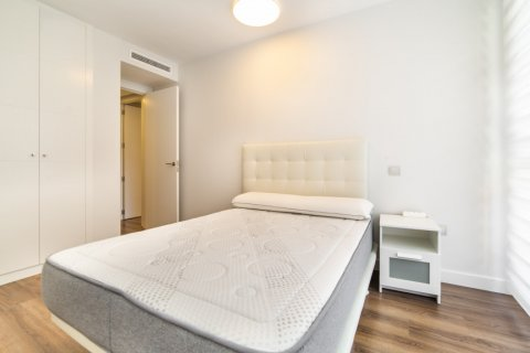 Apartment for sale in Madrid, Spain, 3 bedrooms, 150.00m2, No. 2538 – photo 29