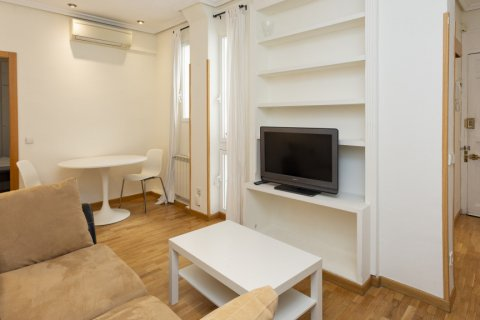 Apartment for sale in Madrid, Spain, 1 bedroom, 45.00m2, No. 2496 – photo 5