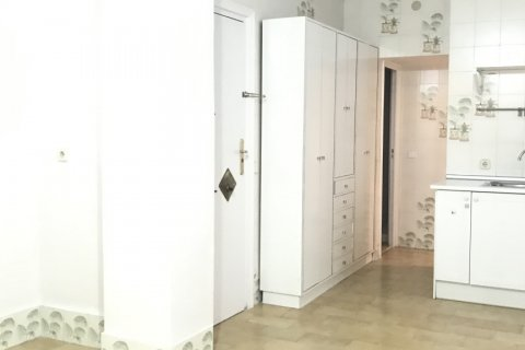 Apartment for rent in Madrid, Spain, 3 bedrooms, 127.00m2, No. 2014 – photo 18