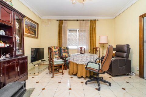 Apartment for sale in Madrid, Spain, 5 bedrooms, 133.00m2, No. 2686 – photo 21
