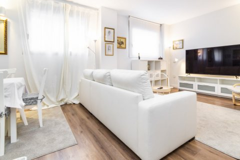 Apartment for sale in Madrid, Spain, 3 bedrooms, 150.00m2, No. 2538 – photo 7