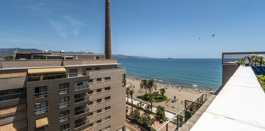 Penthouse in Malaga, Spain 3 bedrooms, 233.00 sq.m. No. 2194
