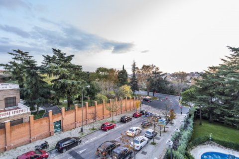Duplex for sale in Madrid, Spain, 3 bedrooms, 152.00m2, No. 2445 – photo 24