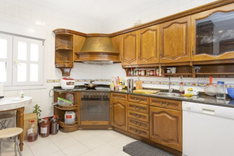 Apartment for sale in Madrid, Spain, 4 bedrooms, 163.00m2, No. 2586 – photo 14