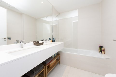 Apartment for sale in Madrid, Spain, 3 bedrooms, 177.00m2, No. 2163 – photo 10