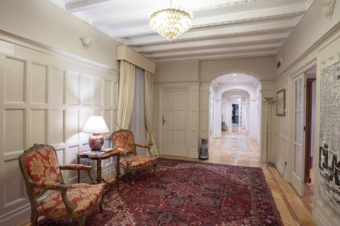 Apartment for sale in Madrid, Spain, 5 bedrooms, 377.00m2, No. 2003 – photo 6