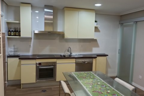 Apartment for rent in Madrid, Spain, 3 bedrooms, 170.00m2, No. 2047 – photo 2