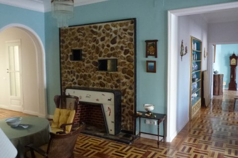 Apartment for rent in Madrid, Spain, 4 bedrooms, 270.00m2, No. 1686 – photo 13