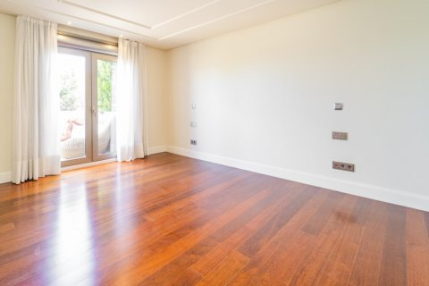 Penthouse for sale in Madrid, Spain, 3 bedrooms, 239.00m2, No. 1699 – photo 13