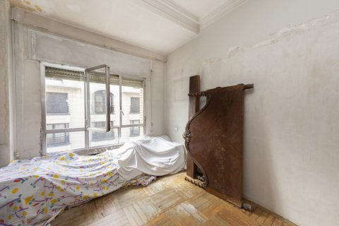Apartment for sale in Madrid, Spain, 4 bedrooms, 129.00m2, No. 2307 – photo 9