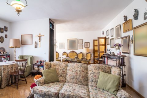 Apartment for sale in Madrid, Spain, 6 bedrooms, 291.00m2, No. 2275 – photo 6