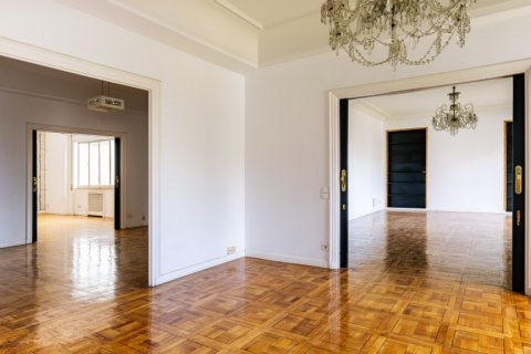 Apartment for sale in Madrid, Spain, 6 bedrooms, 500.00m2, No. 2408 – photo 2