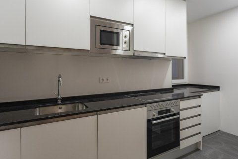 Apartment for sale in Madrid, Spain, 3 bedrooms, 136.00m2, No. 2007 – photo 9