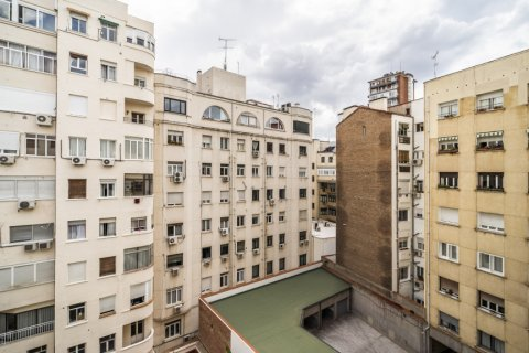 Apartment for sale in Madrid, Spain, 3 bedrooms, 185.00m2, No. 2630 – photo 14