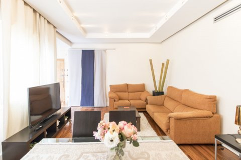 Apartment for sale in Madrid, Spain, 2 bedrooms, 64.00m2, No. 2121 – photo 5