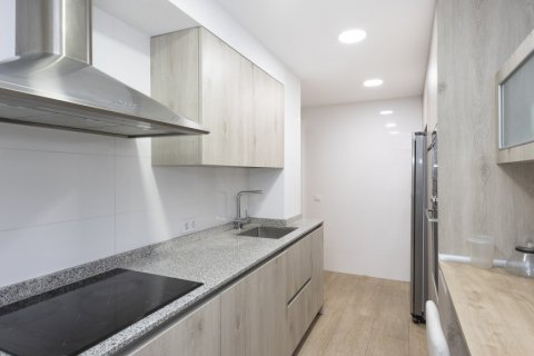 Apartment for sale in Madrid, Spain, 2 bedrooms, 94.00m2, No. 2639 – photo 12
